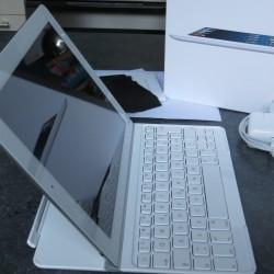 Ipad Retina Wifi 128GB white avec clavier